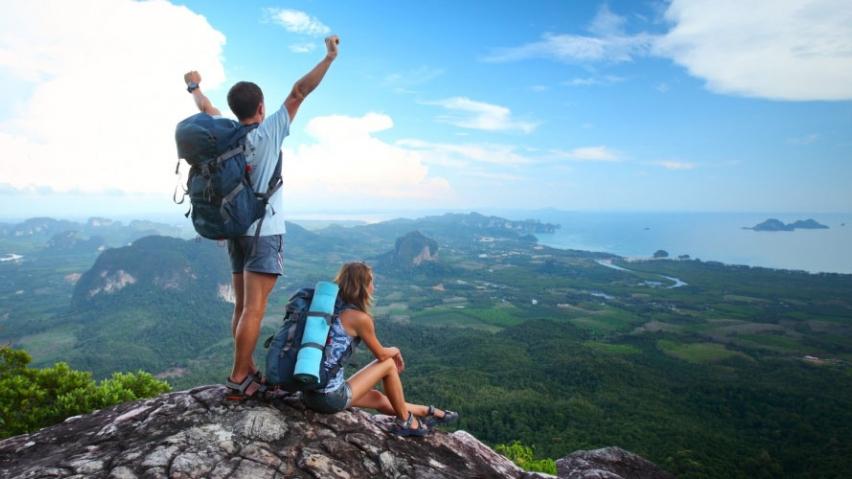 turista-millennials